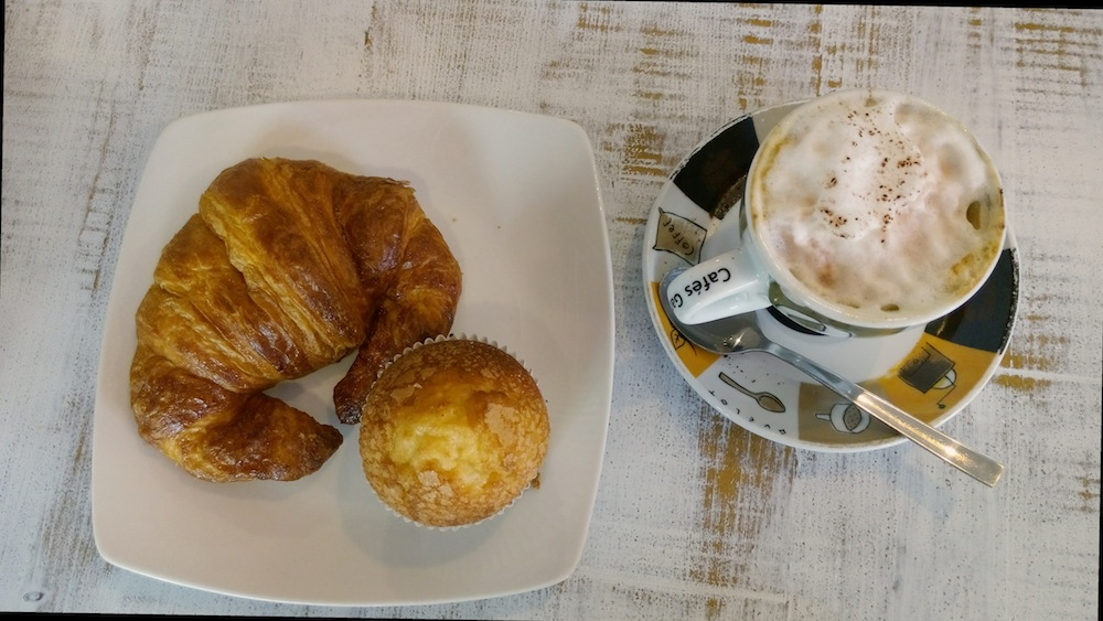 Desayuno en La Tahona del Abuelo.