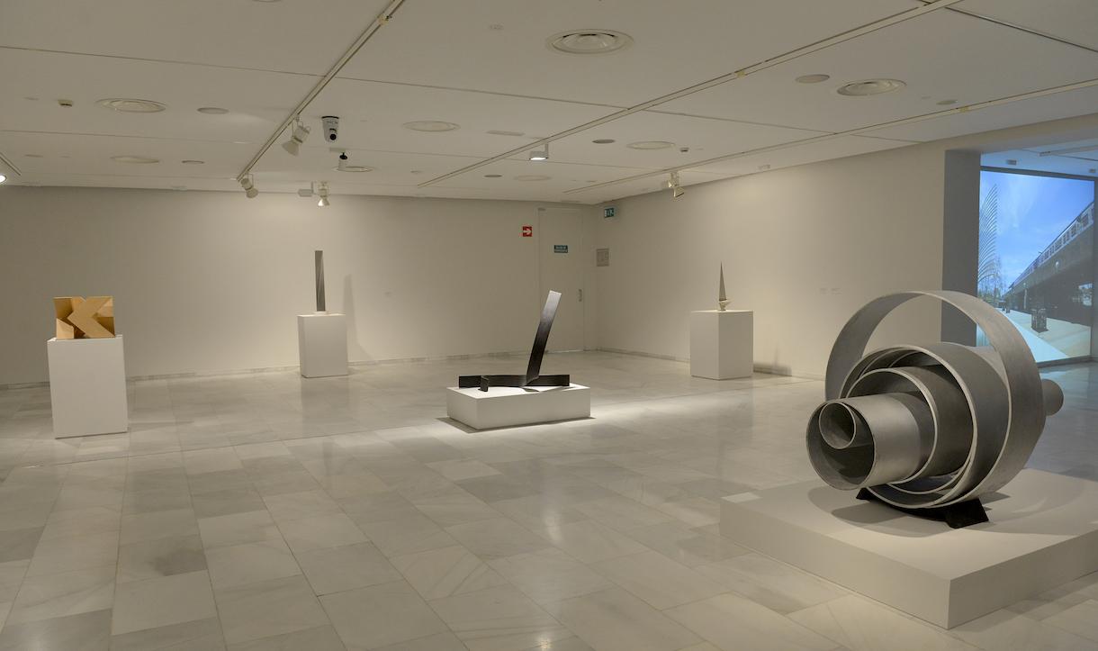 """9 cosas que hay que saber sobre la exposición """"Alfaro. Laboratorio de formas escultóricas"""""""