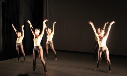 La inauguración del Aplec de Dansa marca la recta final de Mostra Viva
