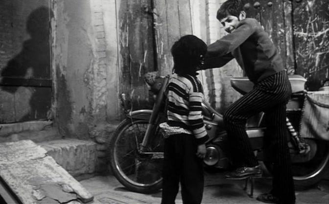 """""""La experiencia"""" (Abbas Kiarostami, 1973)."""