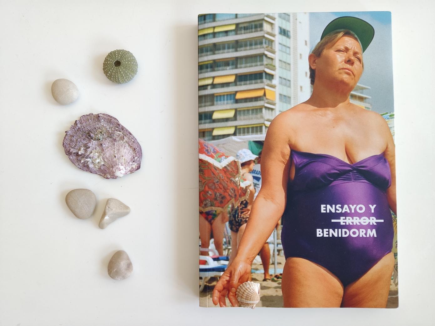 """""""Ensayo y   ̶e̶r̶r̶o̶r̶ Benidorm"""", Varios autores (Editorial Barrett)"""