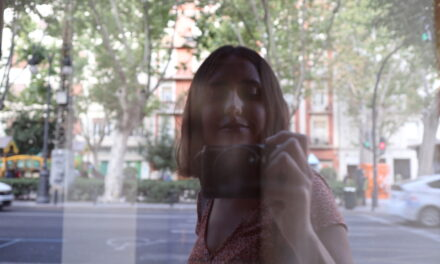 Lidia Caro Leal, hija de la necesidad de contar historias