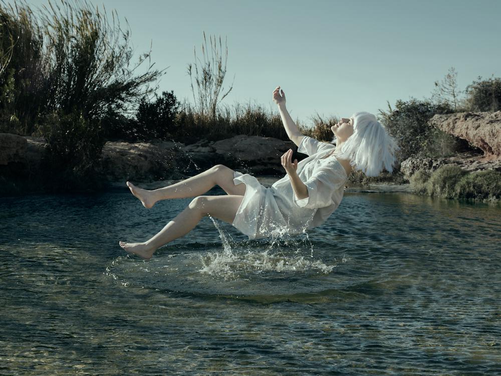 """""""El principio"""", de Pablo Rufes Díaz. Segundo Premio del IV Concurso Internacional de Fotografía """"Helie Memorial""""."""