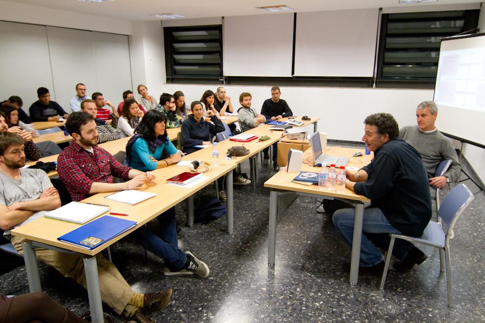 """Primera edición del Alumnos con Mariano Pérez y Carlos Goñi """"Revolver"""". Foto: Maxime Dodinet."""