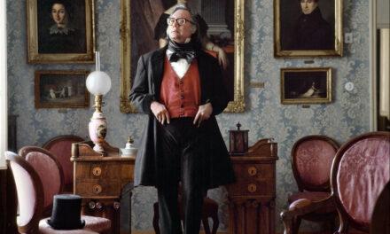 Francisco Umbral, un quinqui vestido de Pierre Cardin