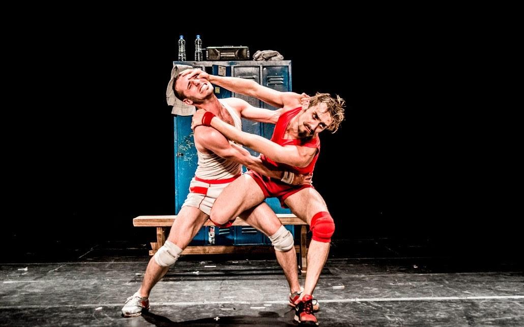 Un Poyo Rojo: el arte de atreverse en el escenario