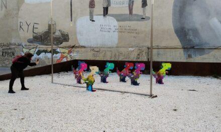 Anda suelto un dinosaurio por València