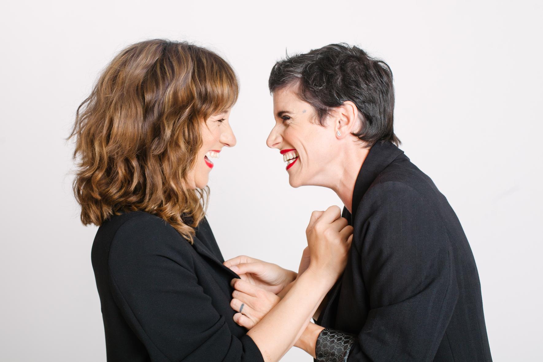 ¿De qué se ríen Maria Juan y Pepa Cases?